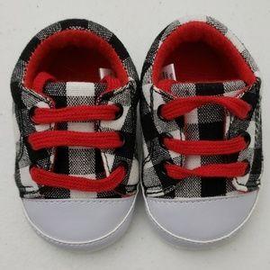 Little Treasures plaid baby shoes.